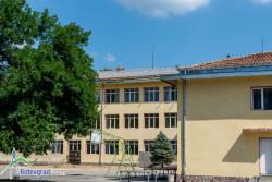 """Ремонтират 450 кв.м. от покрива на старата сграда на ОУ """"Васил Левски"""""""