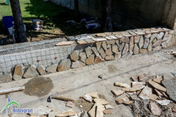 """До края на месец септември ДГ """"Славейче"""" ще е с обновена ограда"""