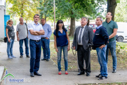 Започва санирането на още шест жилищни блока в Ботевград