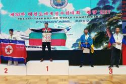 Световният шампион Николай Петков прибави и сребърен медал от първенството на планетата по таекуондо ITF