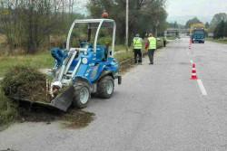 Почистват пътя Ботевград - Трудовец