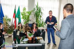 """30 ученици от Ботевград участват в """"Мениджър за един ден"""""""
