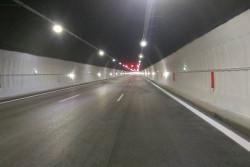 """Шофьорите на леки автомобили вече преминават без ограничения на движението в тунел """"Витиня"""" на АМ """"Хемус"""""""