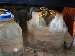 113 литра контрабанден алкохол са иззети при акция на полицията