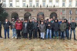 """Ученици от ПГТМ """"Христо Ботев"""" бяха на посещение в Президентството"""