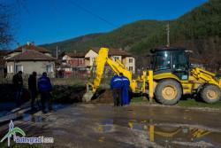 ВиК проведе акция по принудително изключване от водопроводната мрежа на абонати във Врачеш