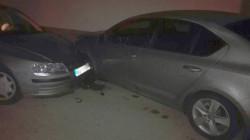 Шофьор без книжка потроши паркирана кола