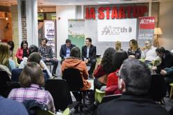 Стартира първата в България безплатна платформа за обучение и кариерно ориентиране – YOUTH EMPOWERED