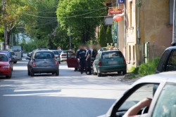 Линейка и полиция в района на зеленчуковия пазар в Ботевград