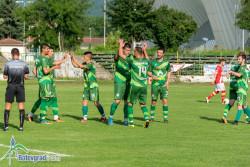 Футболистите изпускат победа, завършват наравно в последното си домакинство