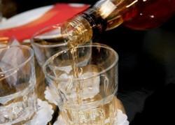 Контрабанден алкохол е иззет от магазин във Врачеш