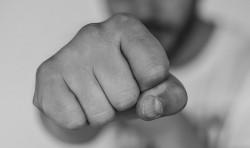19-годишен от Скравена е задържан за нанесена телесна повреда