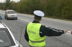 Автопатрул е засякъл софиянец в Малки Искър да кара автомобил с чужди номера