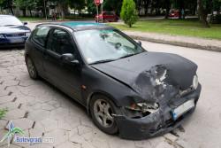 """Удариха се две коли на кръстовището на бул. """"Цар Освободител"""" и ул. """"Рила"""""""
