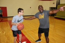 Наш талант развива своите баскетболни умения в САЩ