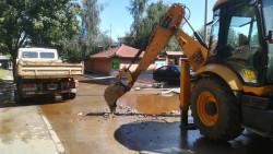 """Отстранена е голямата водопроводна авария на ул. """"Александър Стамболийски"""""""