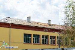 "Ремонтират покрива на ОУ ""Н. Й. Вапцаров"""