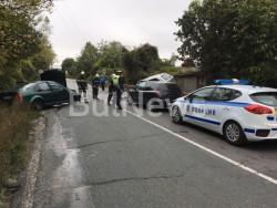 Пътен инцидент между Ботевград и Мездра. Има пострадали