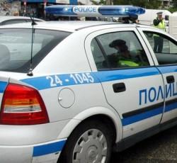 Трима млади етрополци са задържани във връзка с побой