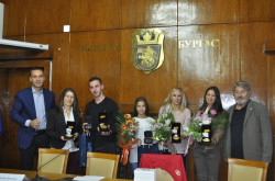 Олимпийските шампиони Мариела и Панайот бяха отличени от кмета на Бургас