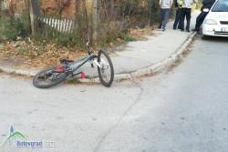 Лек автомобил блъсна 13-годишен велосипедист