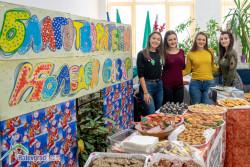 За 16-та поредна година златаровци провеждат благотворителен коледен базар