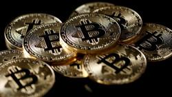 НАП проверява търгуващите с криптовалути