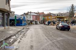 """След ремонта на тротоарите покрай улица """"Свобода"""" тя ще бъде затворена за автомобили в участъка на зеленчуковия пазар"""