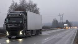 """Възстановено е движението на камионите над 12 т в посока София в участъка между 35-ти и 47-ти км на АМ """"Хемус"""""""
