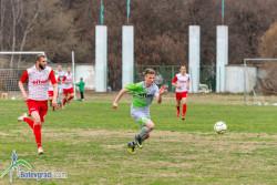 Футболистите губят от Хебър у дома