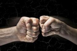 Трима души са задържани във връзка със сбиване в Осиковица