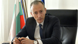 Министърът на образованието ще посети училището в Скравена