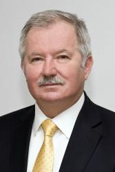 """Правителството предложи проф. дтн инж. Цоло Вутов за орден """"Стара планина"""" - първа степен"""