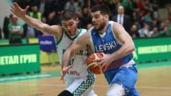 Миливое Мийович ще продължи кариерата си в Полша
