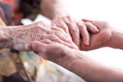 Приемат заявления за достъп до патронажна грижа