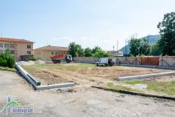 Изграждат мини футболно игрище и във Врачеш