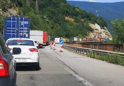"Затруднено е движението в района на 35 км на автомагистрала ""Хемус"" в посока Варна заради ремонт"
