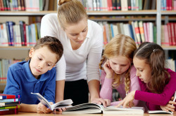 """С 500 лева повече ще получават желаещите да преподават по програма """"мотивирани учители"""""""