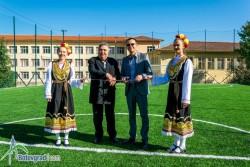 Прерязаха лентата на новото футболно игрище във Врачеш