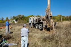 Започна сондаж за търсене на вода в Боженица