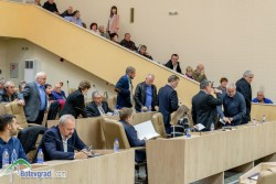 Кметът с коментар за първия бойкот на съветниците от опозицията