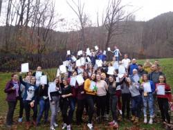 """Третата дейност по проект """"За всеки спасил дърво"""" се осъществи с участието на равен брой ученици от Ботевград и Ниш"""