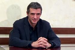 """Нова """"атака"""" срещу отказа на ОИК да прекрати пълномощията на кмета на Ботевград"""