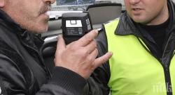 54-годишен е заловен да шофира товарен автомобил с 2.11 промила