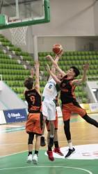 Балкан (15) с трета поредна победа на турнира на EYBL в Ботевград