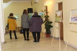 """Изтеглиха печелившата картина """"Червени макове"""" от изложбата на Стефка Хикова"""