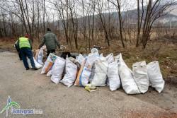 АПИ почиства пътя между Скравена и Новачене