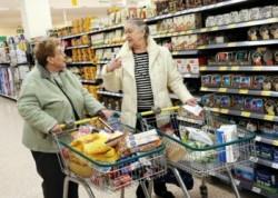 Само хората над 60 г. ще пазаруват от 8:30 до 10:30 часа