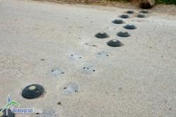 Неизвестни лица премахнаха изкуствени неравности по пътя за Леската