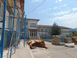 """Започна санирането на жилищни и обществени сгради по ОП """"Региони в растеж"""""""
